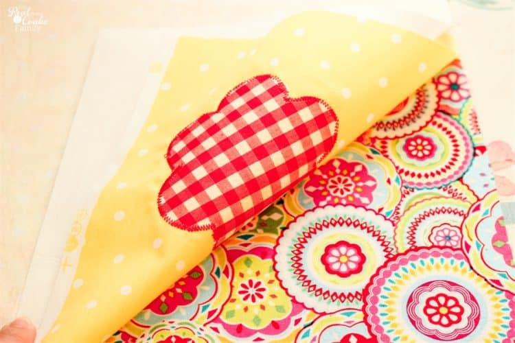 how to sandwich fabric and backing together for sewing placemats