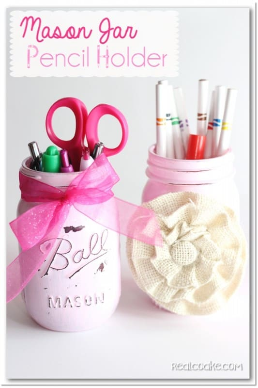 Cute and simple #MasonJar #craft to make a pencil holder. #GiftIdeas #RealCoake