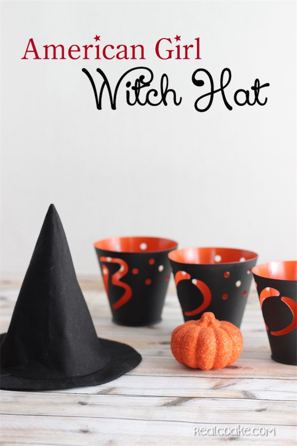 Free American Girl Doll clothes pattern to make a cute and easy witch hat. #AGDoll #AmericanGirlDoll #Halloween #Sewing #RealCoake