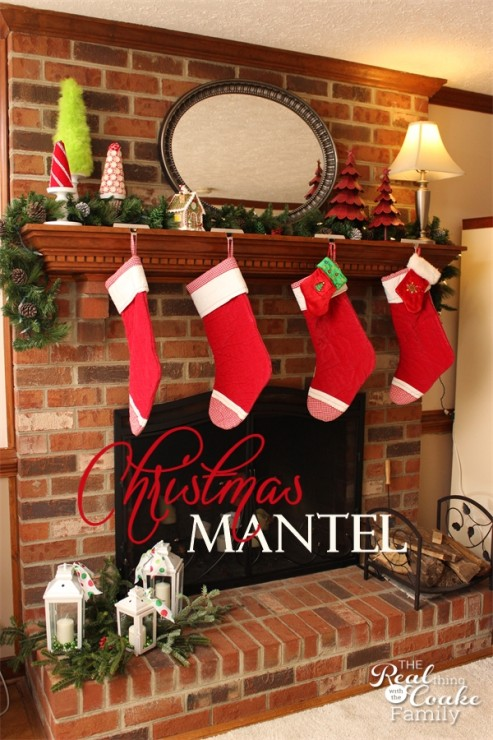 Christmas decorating ideas for your Christmas mantel from #RealCoake #Christmas #Decorating #Mantel