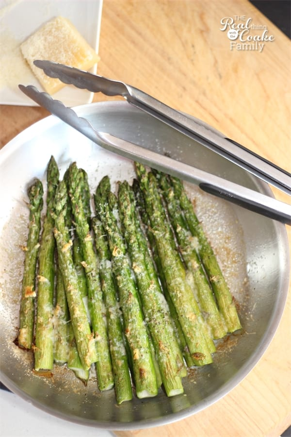 How to cook asparagus. This is the best recipe for the most delicious and perfectly cooked asparagus. We eat it all the time!
