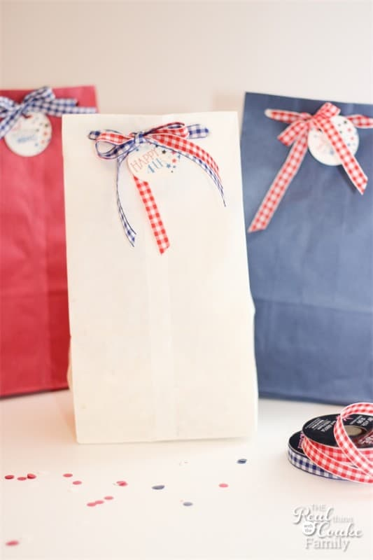 Easy Patriotic Snack Bags by The Real Coake Family