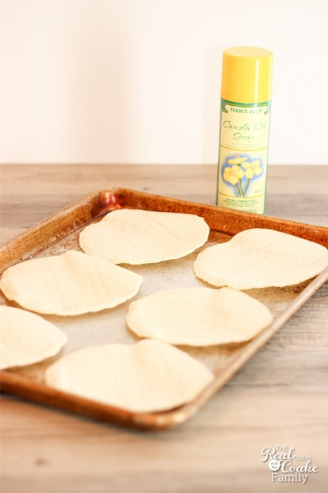 Save money and eat more natural. Learn how to make tostada shells from corn tortillas in just a few minutes. #Tostada #recipe #Natural #RealCoake