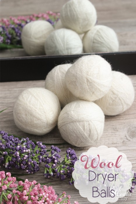 How to make your own wool dryer balls. Full tutorial. #DryerBalls #RealCoake #Wool