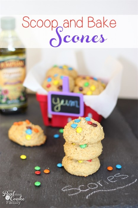 Make this easy scone recipe by scooping and baking rather than the traditional rolling and cutting of the scones.  #scones #scone #Recipe #PledgeforEVOO #Ad #RealCoake