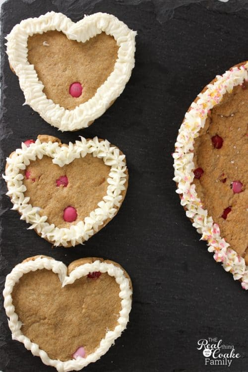 I need to make these yummy Valentines Chocolate Chip Cookies as a treat for the whole family or for Valentine's Day parties. Great Valentines ideas!