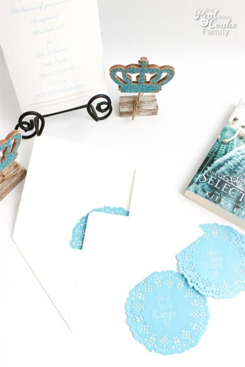 These are such great ideas for The Selection Book Club ! We love this book and these are simple crafts to make a pretty and fun party.
