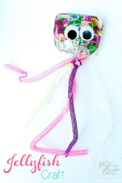 Love finding Activities for Kids that are fun for me as well. Adorable kids craft that I can't wait to make with my kids.