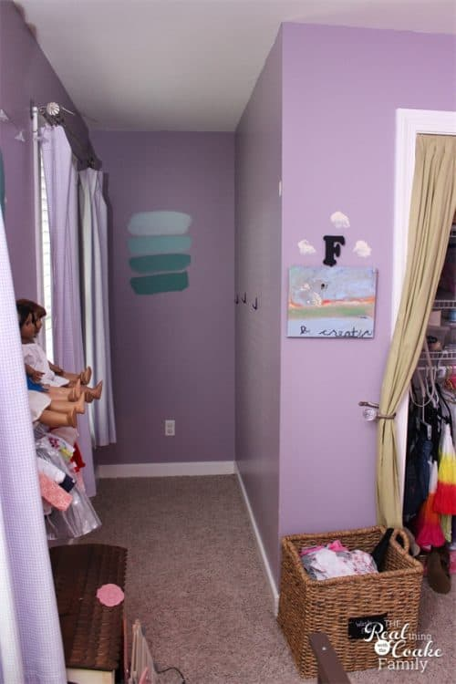 Great tips on How to Paint a Room AND have kids help. Painting ideas to help make it easy to DIY and have the kids to help, especially with the right tools.