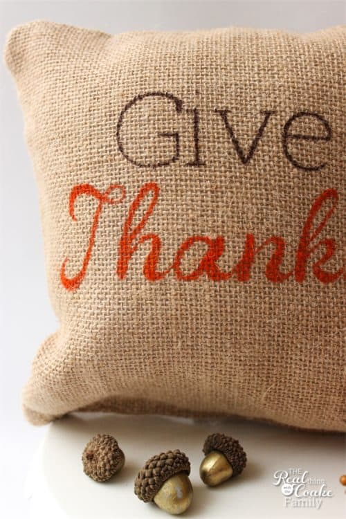 These are adorable Decorative Pillows. Love Thanksgiving crafts that are so simple and easy and give me cute decorations for my home decor.