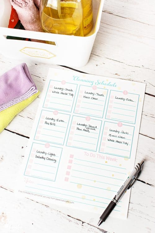 I love simple organization ideas like this easy way to organize Cleaning. Perfect printable for spring cleaning and keeping up with the cleaning all year.