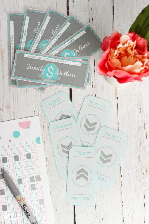 Cutest Kids Chore Chart. Love all the tips on parenting and keeping organized while raising kids. Adorable printable tickets and family money!