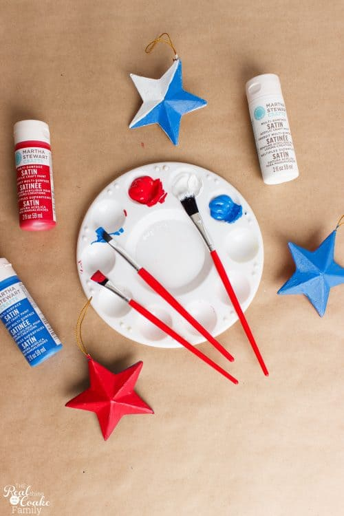 Love cute 4th of July Crafts that the kids, teens and adults can make together. These homemade stars are an easy diy and will make cute decorations in my home decor for 4th of July.