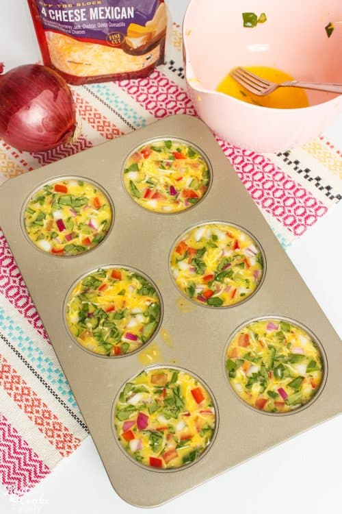 Love breakfast ideas like this! Take a few ingredients and make tons of variations of these delicious egg sandwiches. Includes directions for freezing for easy weekday breakfasts.