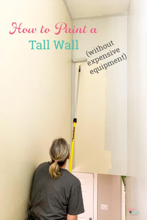 Rolling a hight wall with paint