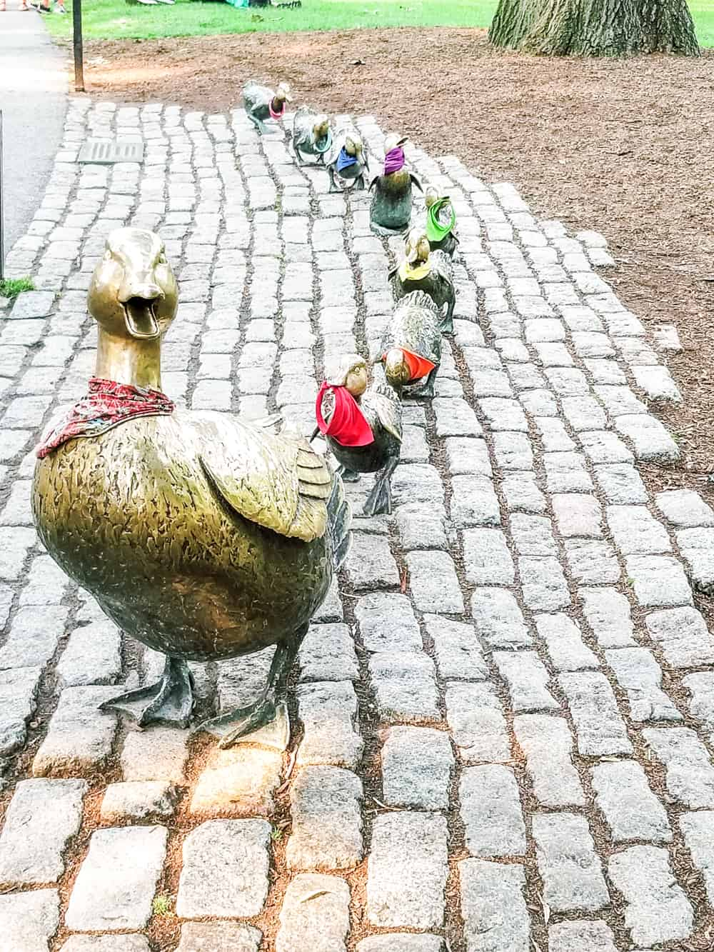 Make Way for Duckling Statue
